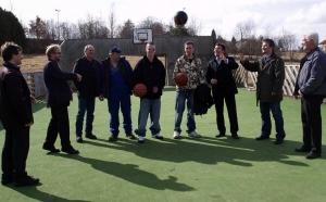 Basketballfeld für die Erlebniswiese
